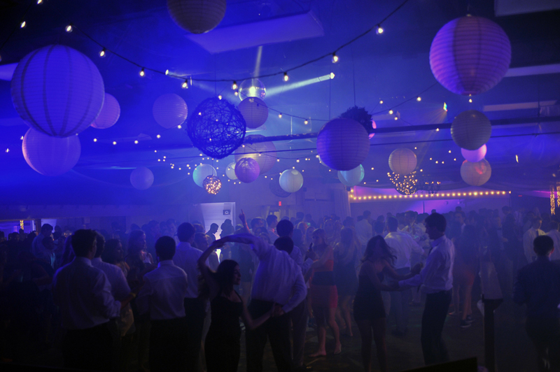 large dance floor - reception - 3005