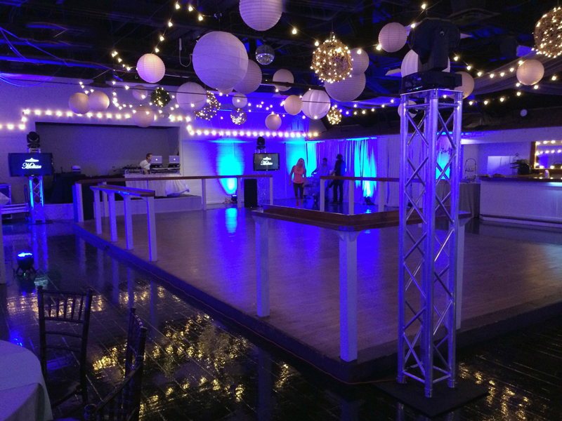 large dance floor - reception - 3008