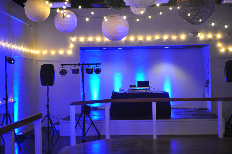 large dance floor - reception - 3015