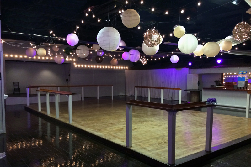 large dance floor - reception - 3024