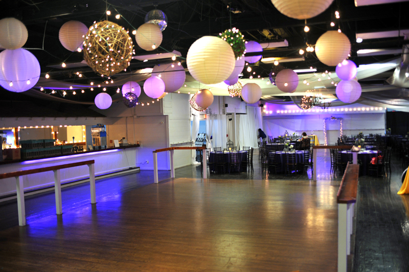 large dance floor - reception - 3029