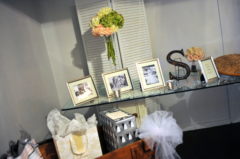 foyer - wedding day - 2117
